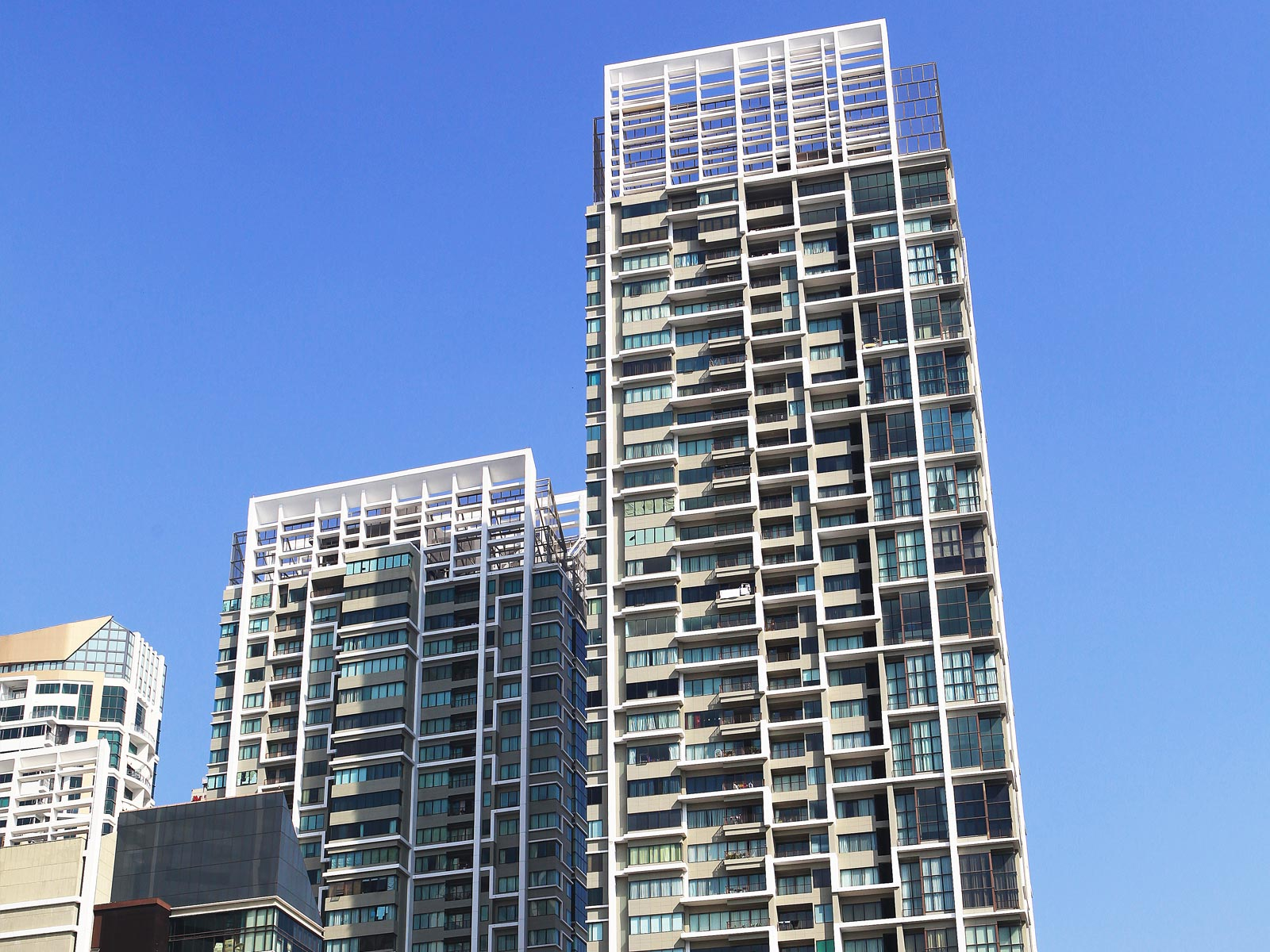 The Emporio Place | AAG Corporation